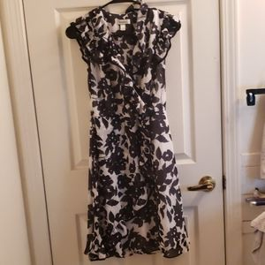 Dress Barn Black & White Floral Dress Size 4